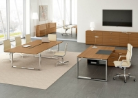 scrivania-direzionale-cromata